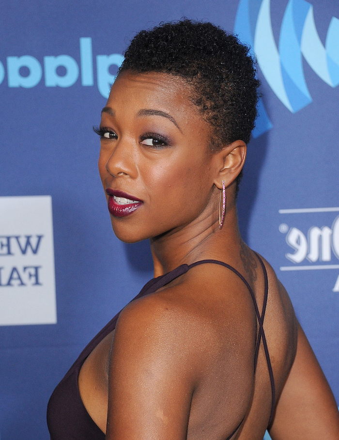 samira wiley, natural hairstyles for short hair, blue background, purple dress