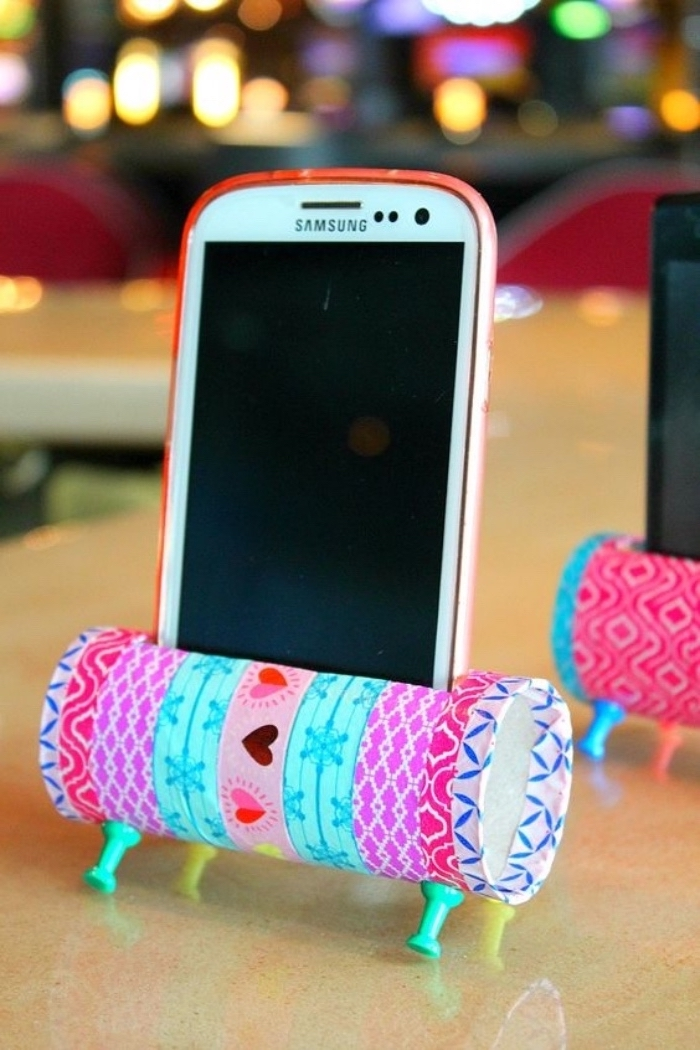 phone stand, made of toilet paper roll, washi tape, diy projects for teens, samsung phone