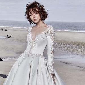 Gorgeous long sleeve wedding dresses, fresh off the 2019's runways