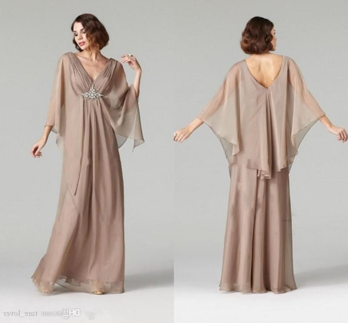 brown wavy hair, side by side photos, champagne dress, made of chiffon, casual mother of the bride dresses