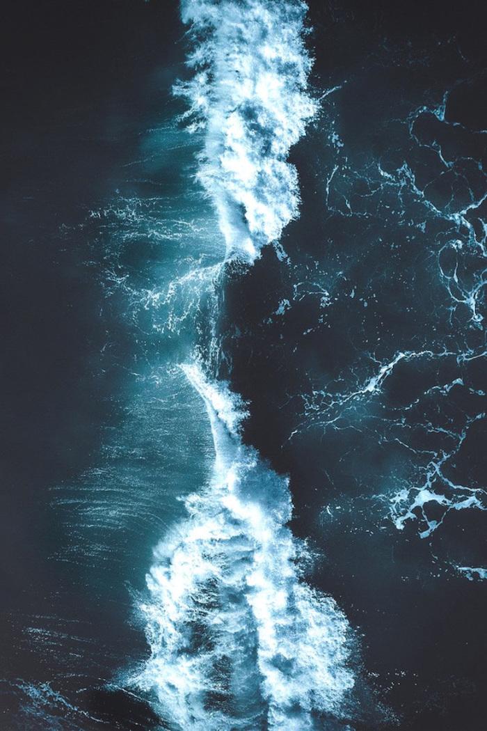 clashing waves, dark water, cute backgrounds