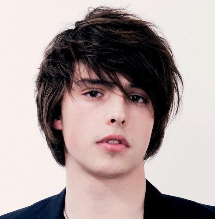 black straight hair, black blazer, white background, trendy haircuts for men