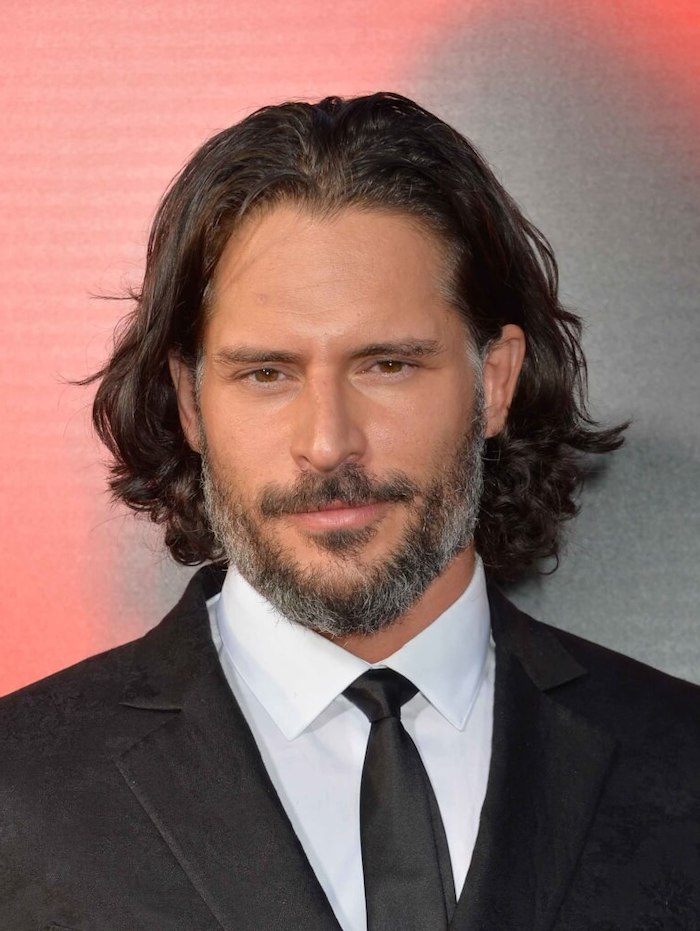 joe manganiello, black hair, black suit, wavy hair men, white shirt, black tie