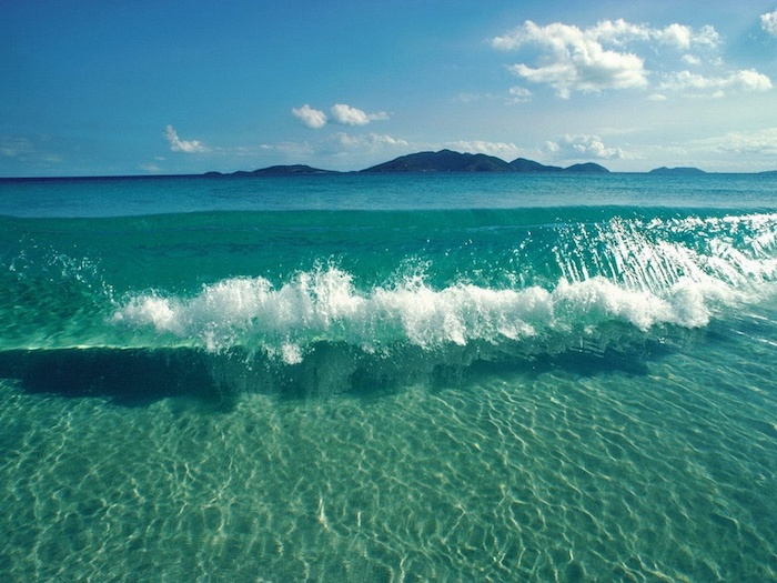 ocean wave, blue sky, island in the background, cool wallpapers