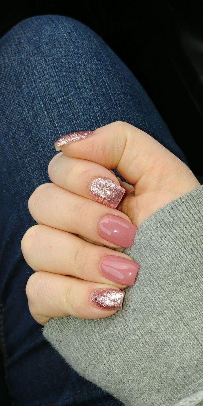 pink and rose gold glitter, nail polish, grey blouse and jeans, nail tip designs, short nails