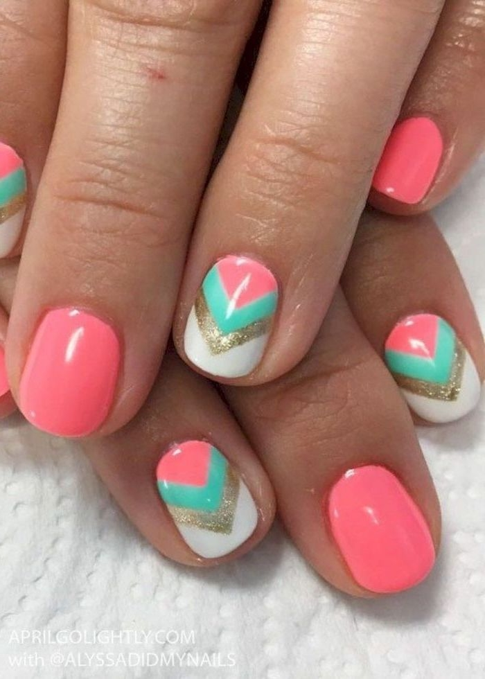 pink nail polish, geometrical design, pink and blue, gold and white triangles, beach nail designs