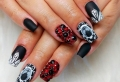 70 ideas for Halloween nails so spooky, you'd definitely want them
