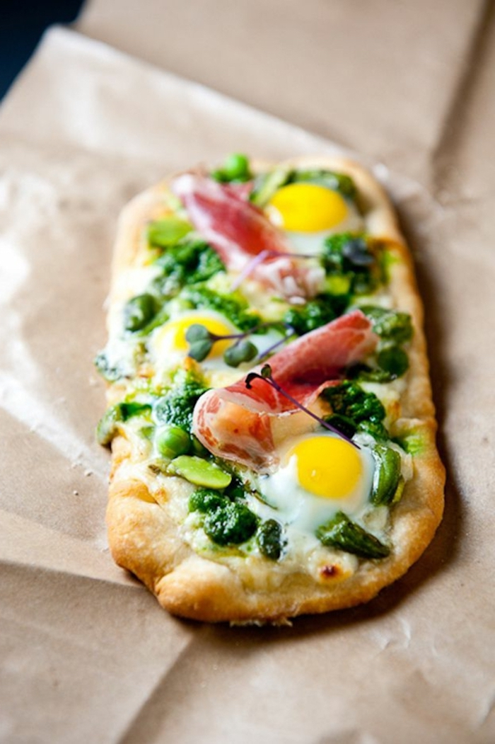 bread with eggs, bacon and spinach, good breakfast ideas, baking sheet