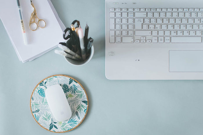 step by step, diy tutorial, cork mouse pad, desk decor ideas, open laptop, pencil holder, blue desk