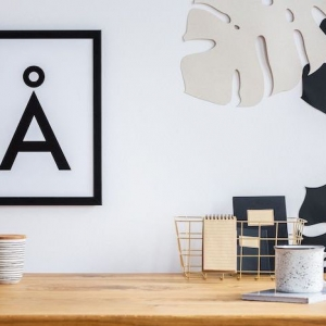 Are you looking for ways to spruce up your cubicle decor - here are 70+ ideas