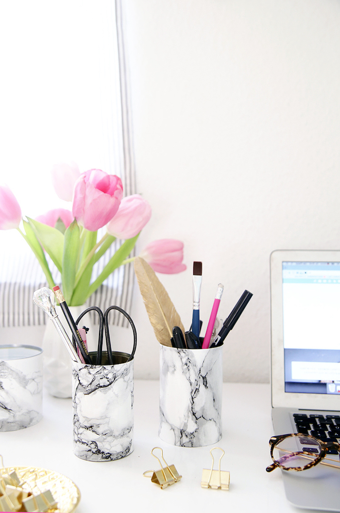 pink tulips, flower bouquet, diy marble pencil holders, step by step tutorial, office desk decor