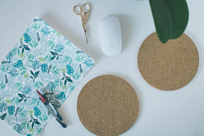 step by step, diy tutorial, desk decor ideas, cork mouse pad, floral paper, white background