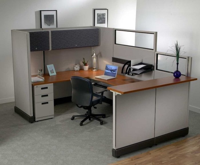 wooden desk, grey drawers and shelves, office decor ideas for work, black metal shelves