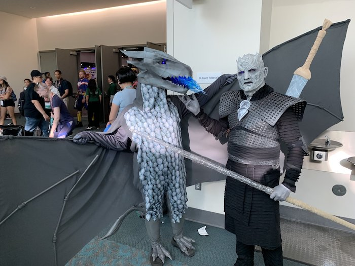 man dressed as the night king, man dresses as a dragon, game of thrones inspired costumes, funny halloween costumes