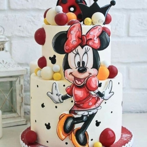 Find the best Minnie Mouse cake to surprise your little one with