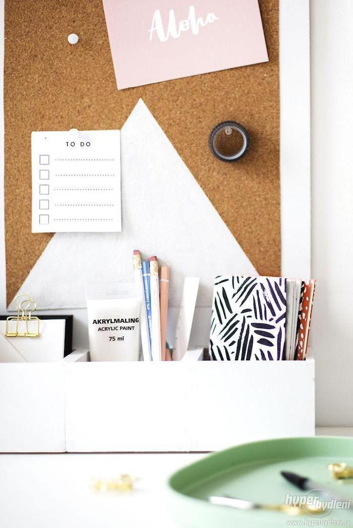 cork board, ideas for decorating your office at work, to do list, wooden desk organiser, white desk