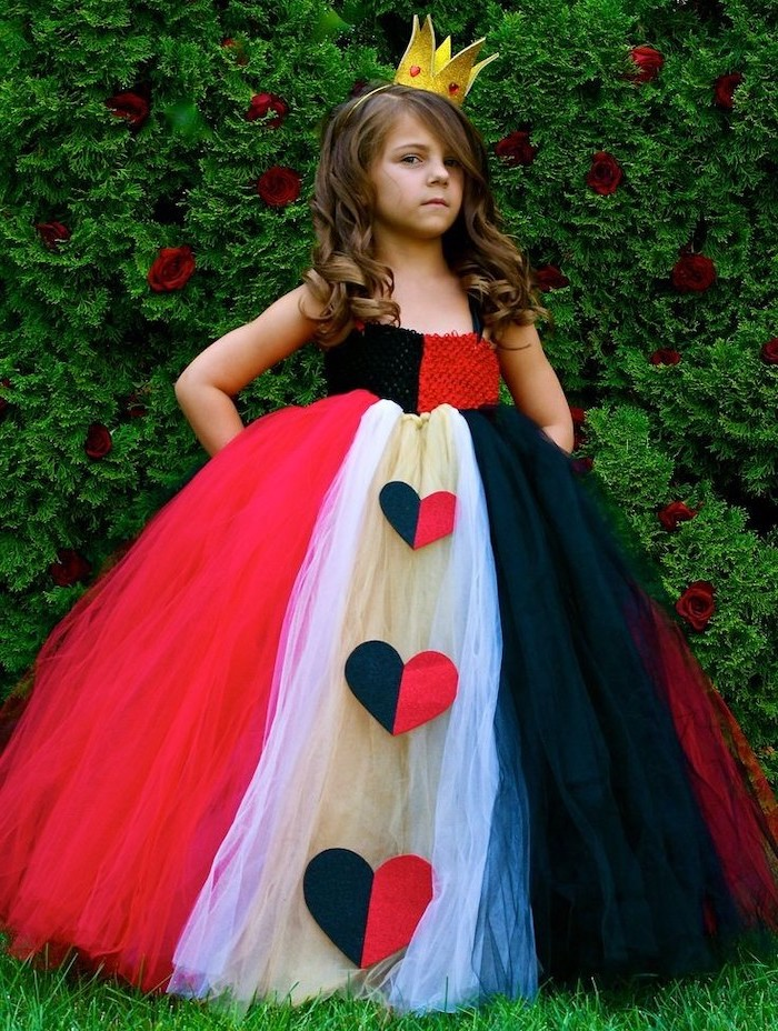 girl dressed as queen of hearts, white black and red, tulle gown, cool halloween costumes, gold crown
