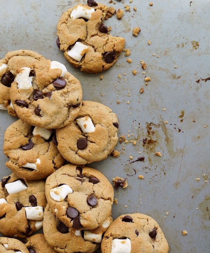 cookies with marshmallows, chewy chocolate chip cookies recipes, cookie crumbs, granite countertop