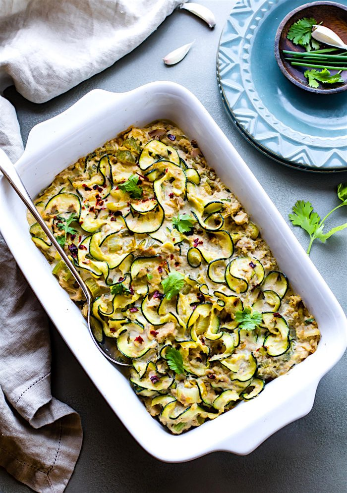 zoodle casserole, with tuna, white baking ceramic tray, how to make zucchini noodles, blue plates