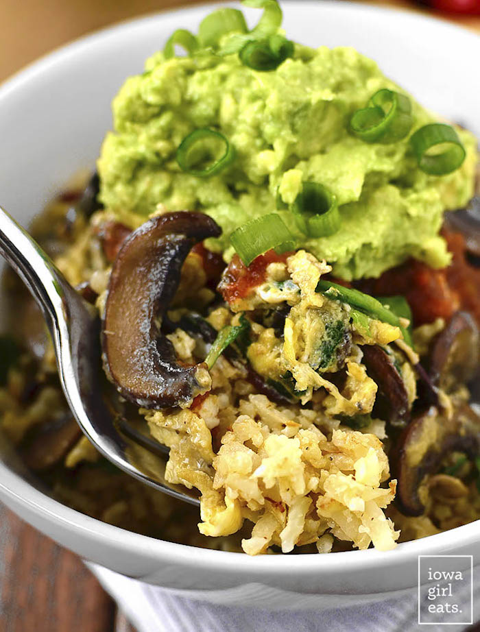 scrambled eggs, with cauliflower, mushrooms and chives, best keto recipes, tomato sauce, guacamole sauce