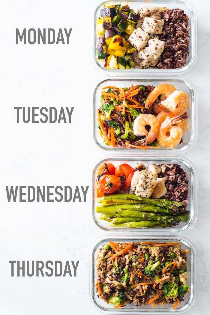 recipe for each day of the week, inside glass containers, healthy meal prep ideas for the week