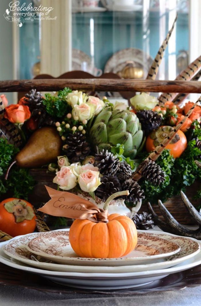 emma table setting, autumn decor, flower arrangement, in the middle of the table, with roses, pine cones