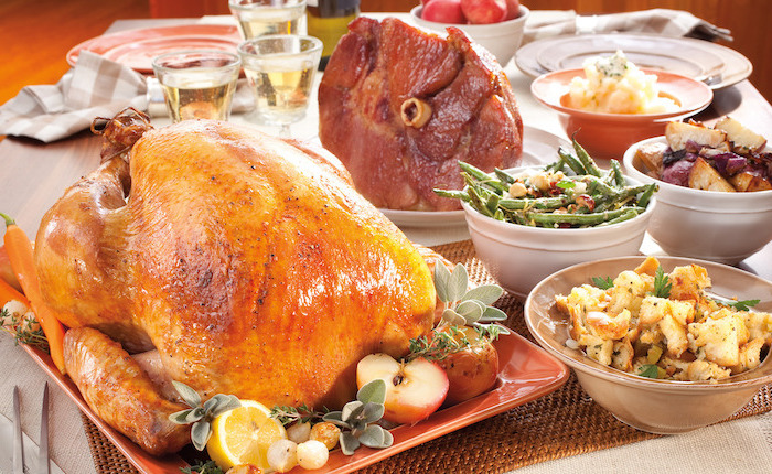 how long to roast a turkey, apples and lemons, fresh herbs, on the side, thanksgiving dinner