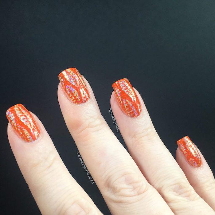 orange nail polish, gold glitter, fall leaves, nail decorations, square nails, black background, light nail colors