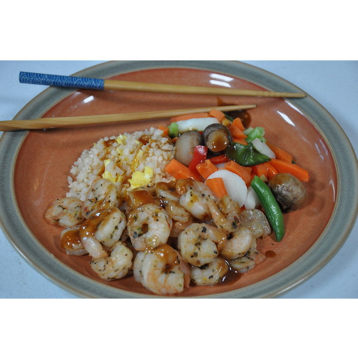 ceramic plate, shrimp with rice, simple meal plan to lose weight, veggies on the side, two chopsticks