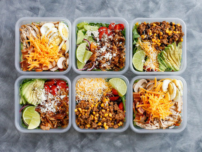 best diet for fat loss, six plastic containers, with different meals, meal prep, meat with veggies, lime slices