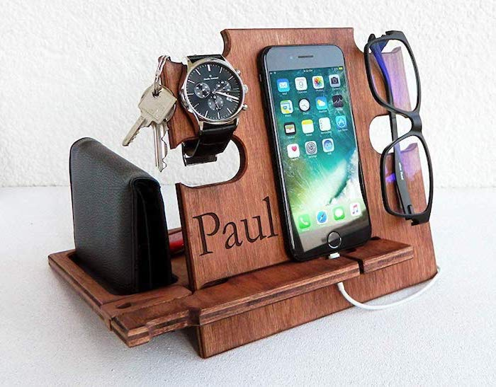 cute gifts for boyfriend, wooden charging station, iphone and sunglasses, keys wallet and watch on it, personalised with name