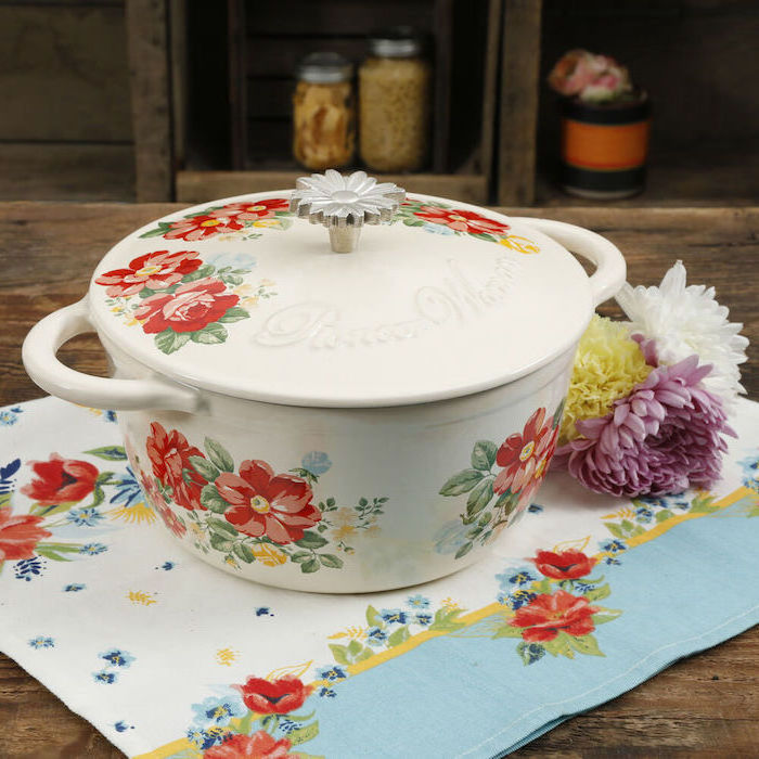 hand painted dutch oven with flowers, matching table cloth, personalised gifts for mom, flowers on the side