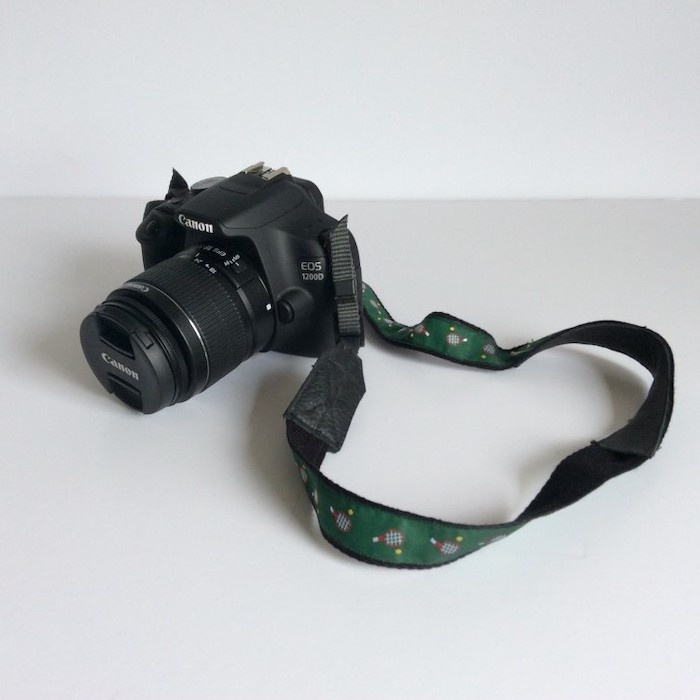 step by step diy tutorial, camera strap for a canon photo camera, gift ideas for men, placed on wooden surface