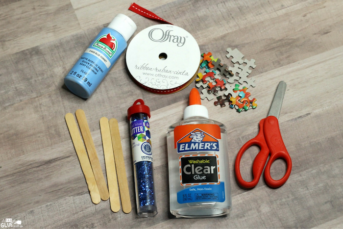 necessary tools, placed on wooden surface, homemade christmas crafts, step by step diy tutorial