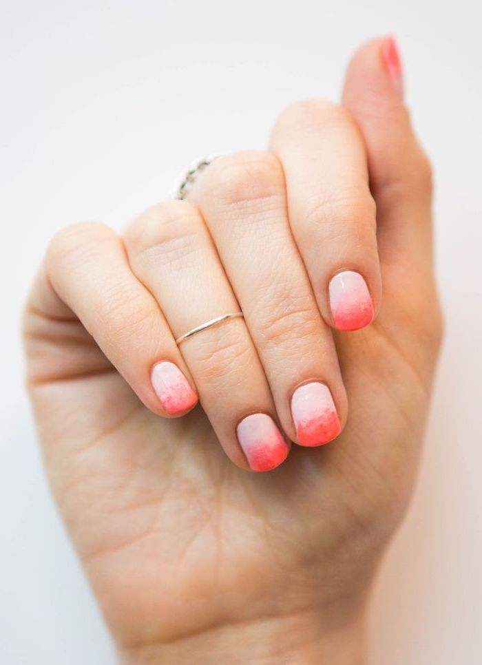 light to dark pink gradient nail polish, french fade nails, short squoval nails, white background