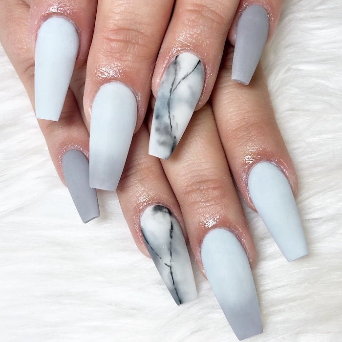 white to grey gradient matte nail polish, glitter ombre nails, grey marble decorations on the ring fingers, grey nail polish on pinkies
