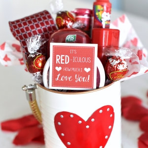 70 ideas for the best Valentine's Day gifts for her