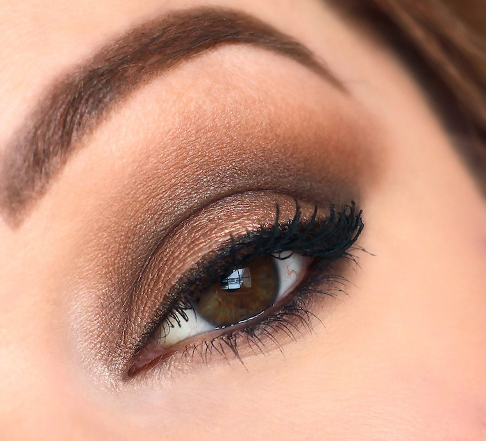 golden brown eyeshadow colors, black eyeliner, eyeshadow for blue eyes, woman with brown eyes and eyebrows