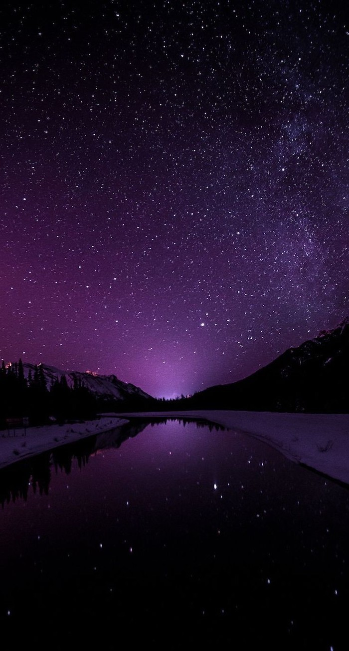 river flowing along snowy beaches, 2k wallpapers, sky filled with stars above it, purple and black colors