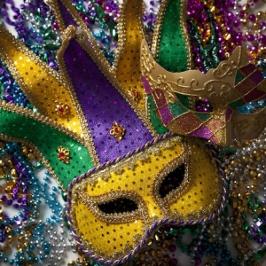 Go ahead and steal these awesome Mardi Gras mask ideas