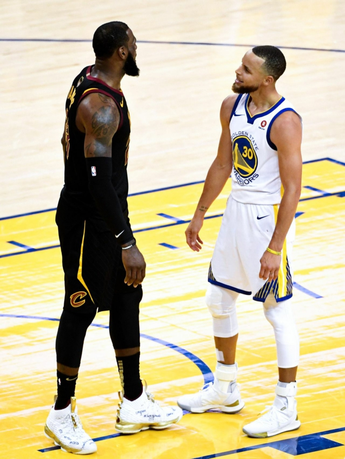stephen curry against lebron james, arguing on the court, cleveland cavaliers vs golden state warriors, wallpaper basketball