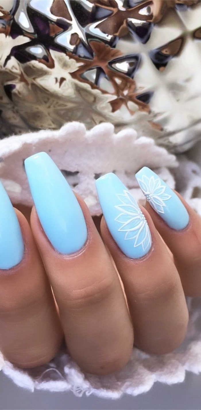 summer nail colors, blue nail polish, white flowers decorations, long coffin nails