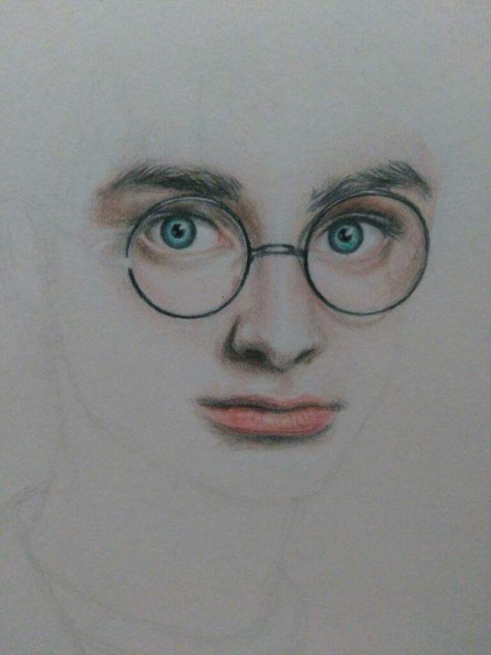 step by step diy tutorial, how to draw harry potter, blue eyes with glasses and lips, colored drawing