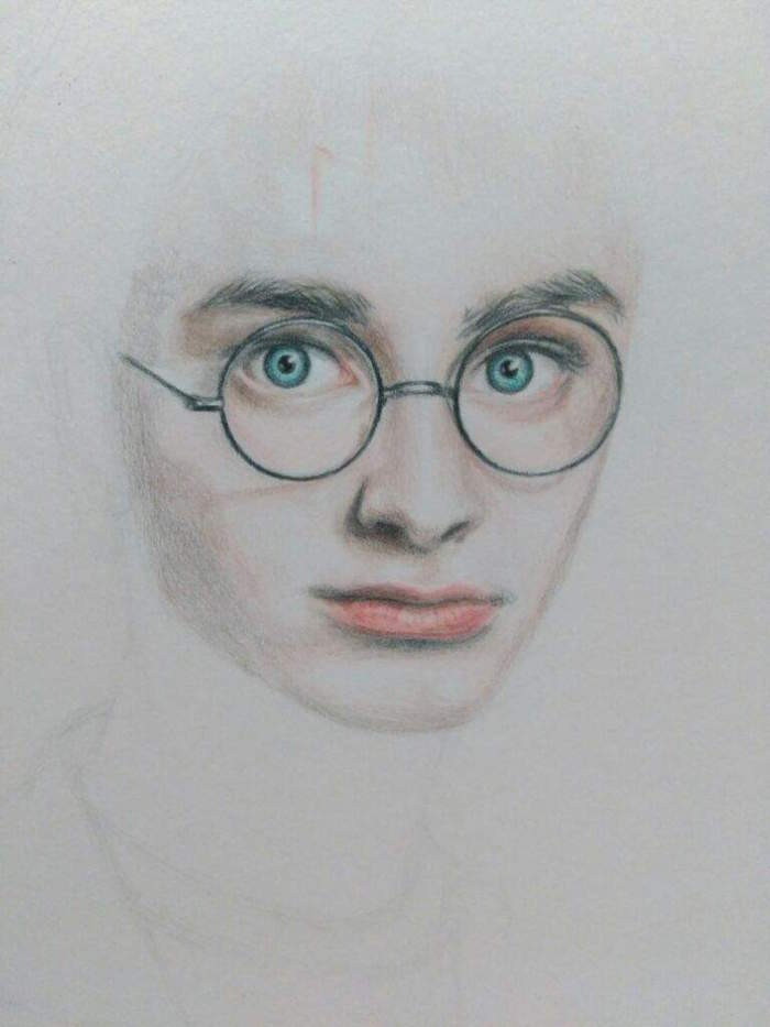 step by step diy tutorial, drawing of harry, harry potter drawings easy, blue eyes with glasses and lips