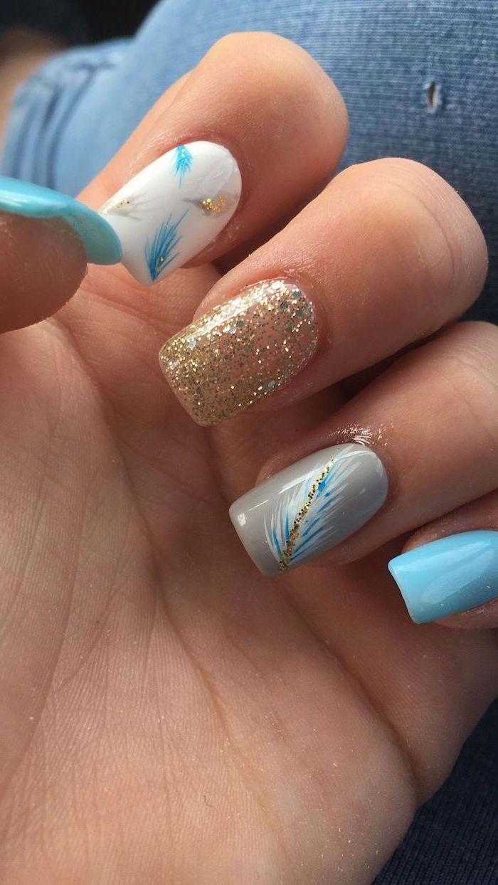bright summer nails, white and blue nail polish, feathers decorations, medium length square nails