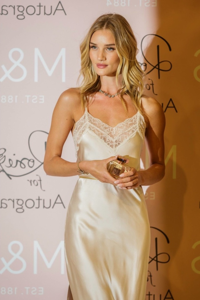 blonde medium length hair short hairstyles for thin hair rosie huntington whiteley on the red carpet wearing white silk dress