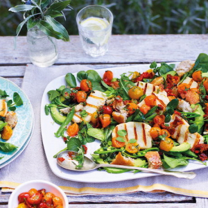 10 Easy Summer Salad Recipes - Light Meal For The Hot Weather