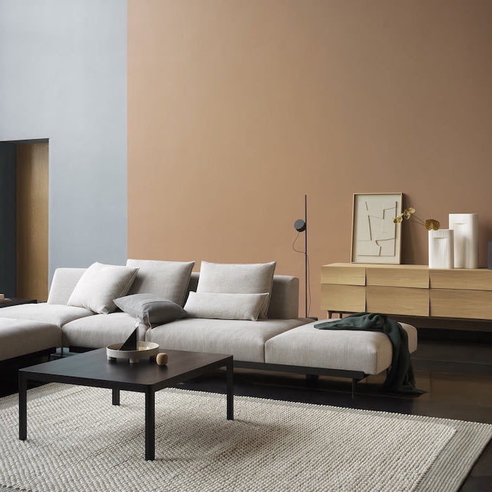 what color goes with gray white corner sofa wall in beige and blue dark wooden floor wooden coffee table