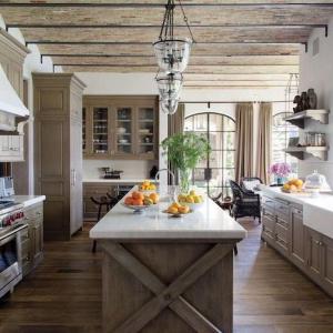 Say Yes To a Modern Farmhouse Kitchen Decor