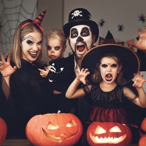 Cute Family Halloween Costume Ideas For Insta-Worthy Pictures